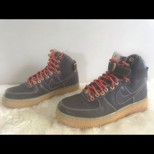 Nike Youth Air Force 1 High GS Brown